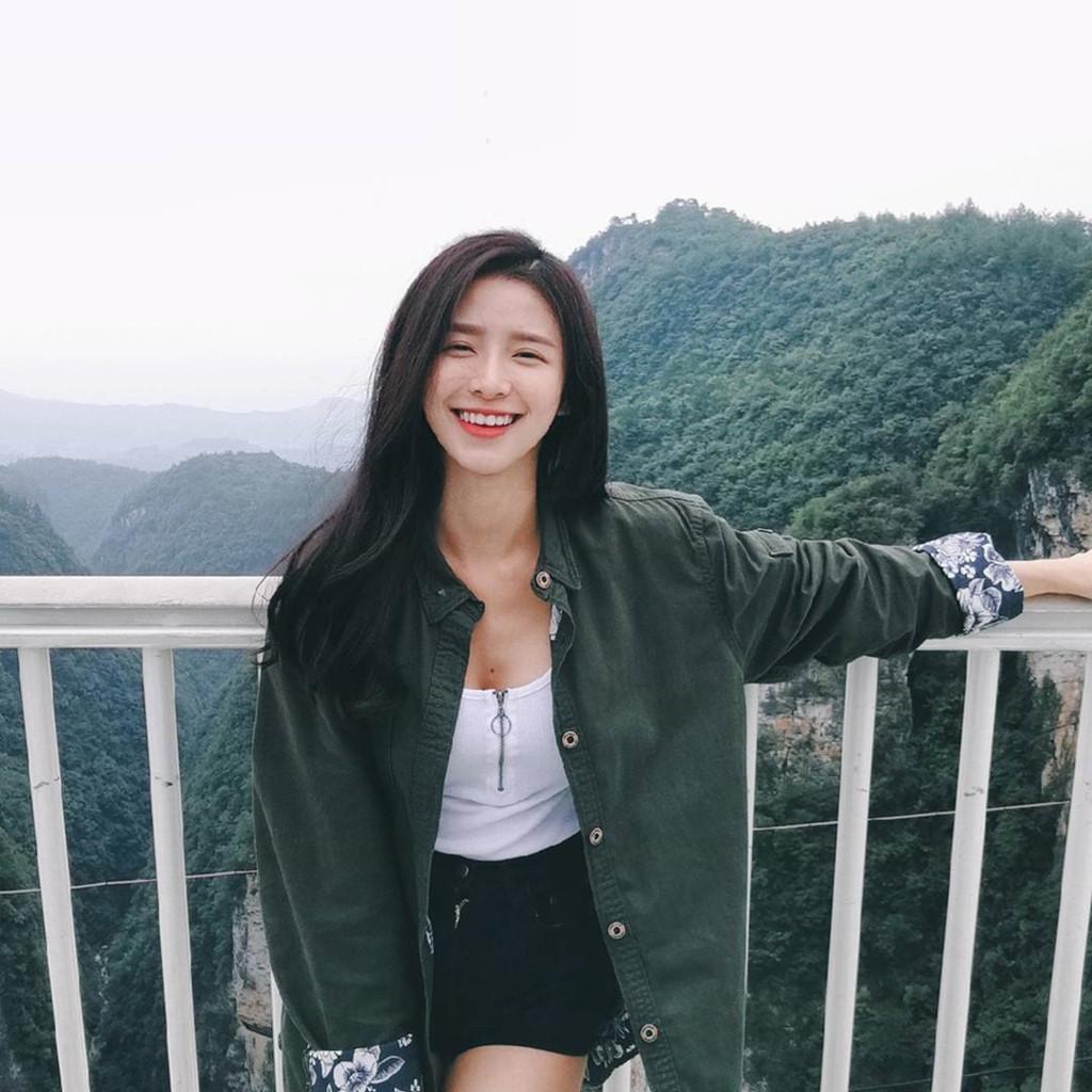 Nụ cười tỏa nắng hút nghìn fan của hot girl đình đám Malaysia-9
