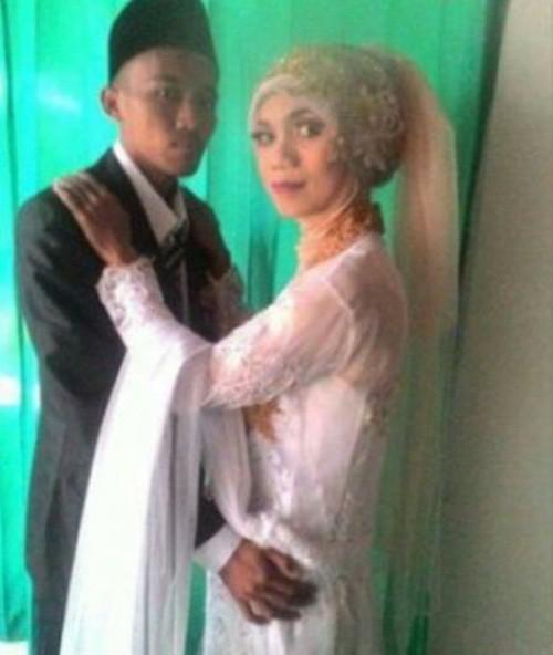 Kết hôn 3 tháng, chồng sốc lên tận óc khi biết vợ là đàn ông-1