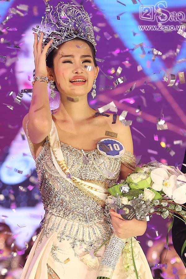 Bị chê xấu khi đăng quang Hoa hậu, Lê Âu Ngân Anh là cụm từ được tìm kiếm nhiều nhất tuần qua-1
