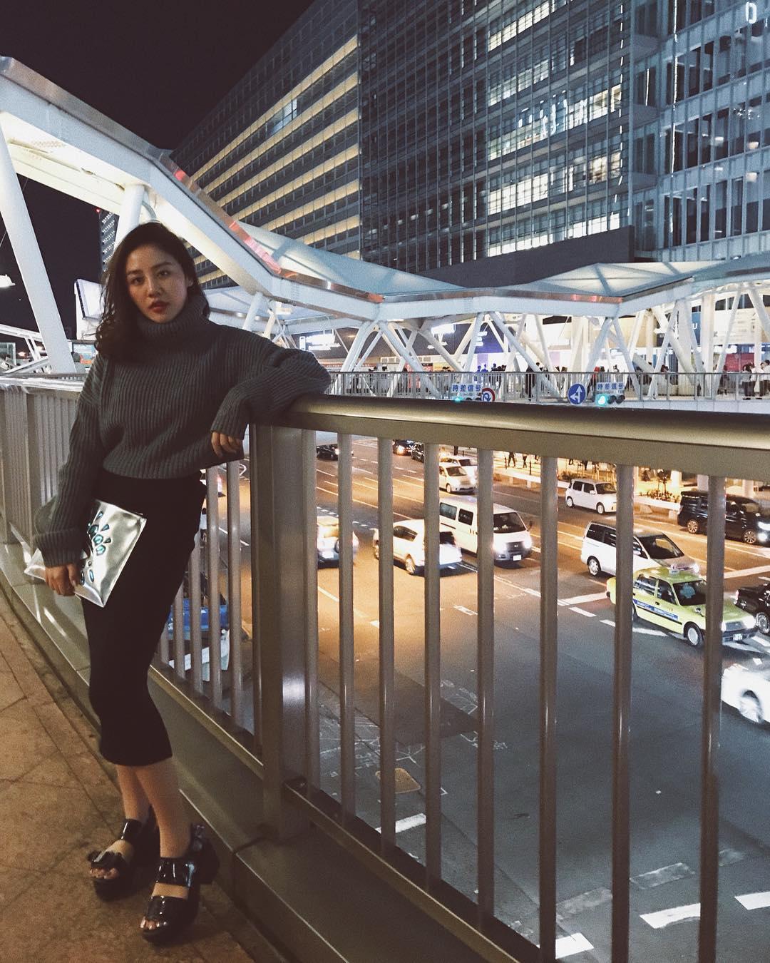 Tin sao Việt 4/11: Hoa hậu Lê Âu Ngân Anh than khổ vì sở hữu gương mặt không ăn ảnh-9