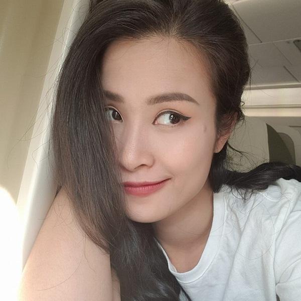 Tin sao Việt 4/11: Hoa hậu Lê Âu Ngân Anh than khổ vì sở hữu gương mặt không ăn ảnh-12