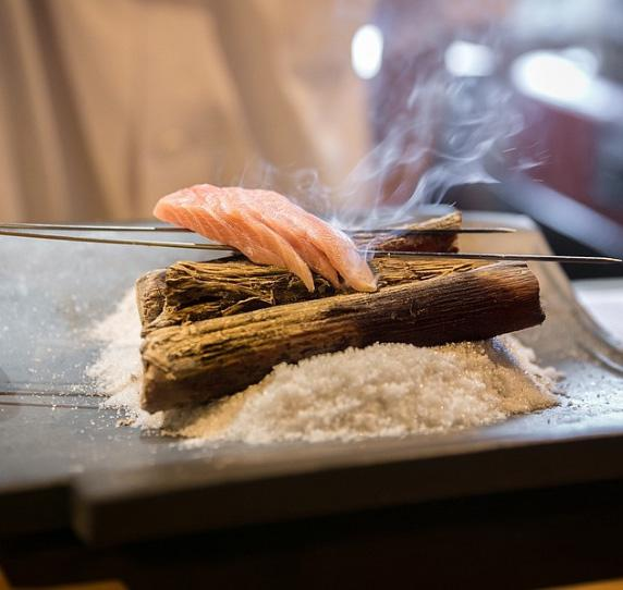 Lạ chưa từng có: Món mì trong băng ngon tê răng ở Nhật-7