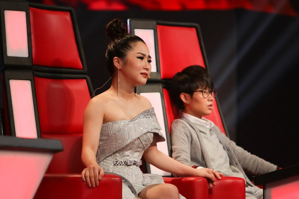 Tiên Cookie dạy học trò Giặt xong lại mặc gây sốt mạnh mẽ tại The Voice Kids-2
