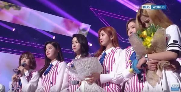 Lùm xùm những chiến thắng bị nghi gian lận của idol Kpop-8