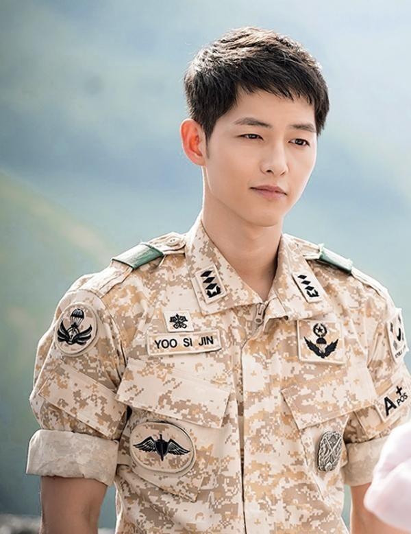 Song Joong Ki đi lấy vợ, Hậu duệ mặt trời phần 2: Bạn muốn ai vào vai nam chính?-1