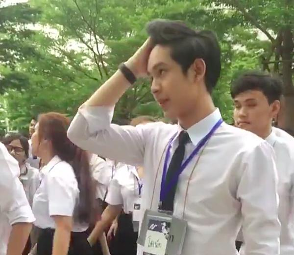 Chỉ 43s nhún nhảy trong giờ sinh hoạt, chàng trai Thái khiến MXH dậy sóng vì quá đáng yêu-3