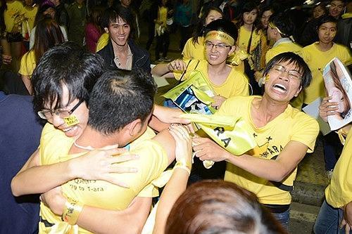 T-ara: Mỗi lần sang Việt Nam là lại có thêm một fan nam khóc nức nở-4