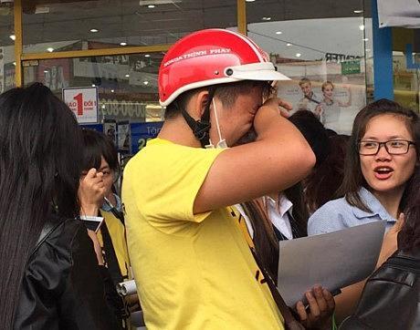 T-ara: Mỗi lần sang Việt Nam là lại có thêm một fan nam khóc nức nở-6