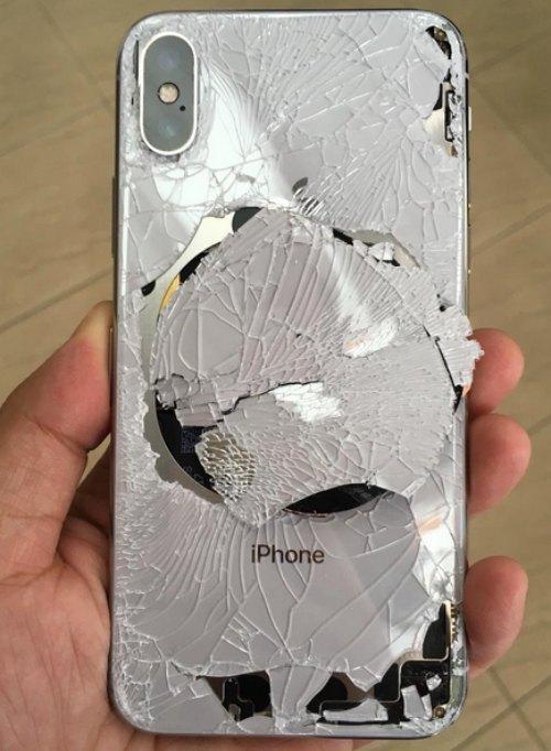 iPhone X sẽ như thế nào nếu không có vỏ bảo vệ?-1