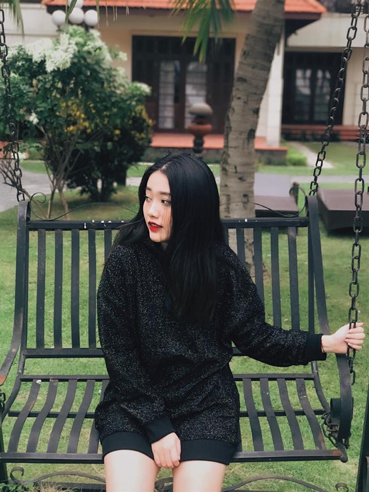 Hot girl - hot boy Việt 6/11: Phương Ly khiến fan bật cười với màn ăn mừng MV triệu view không giống ai-3