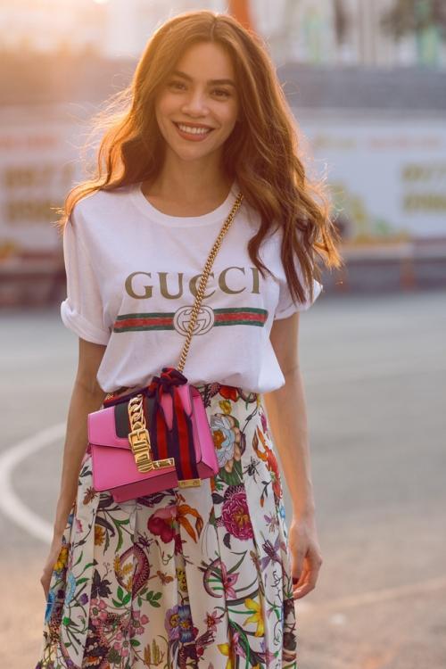 Đụng hàng áo thun Gucci 12 triệu đồng, Tâm Tít khí chất không kém Hà Hồ, Kỳ Duyên-3