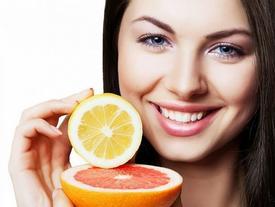 Tuyệt chiêu làm đẹp da từ vitamin C