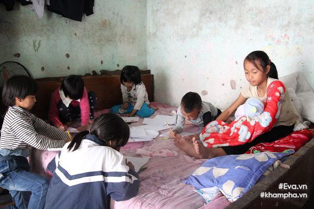 Cảm động cảnh chị 10 tuổi chăm sóc đàn em trong gia đình mẹ 29 tuổi sinh 8 con-4