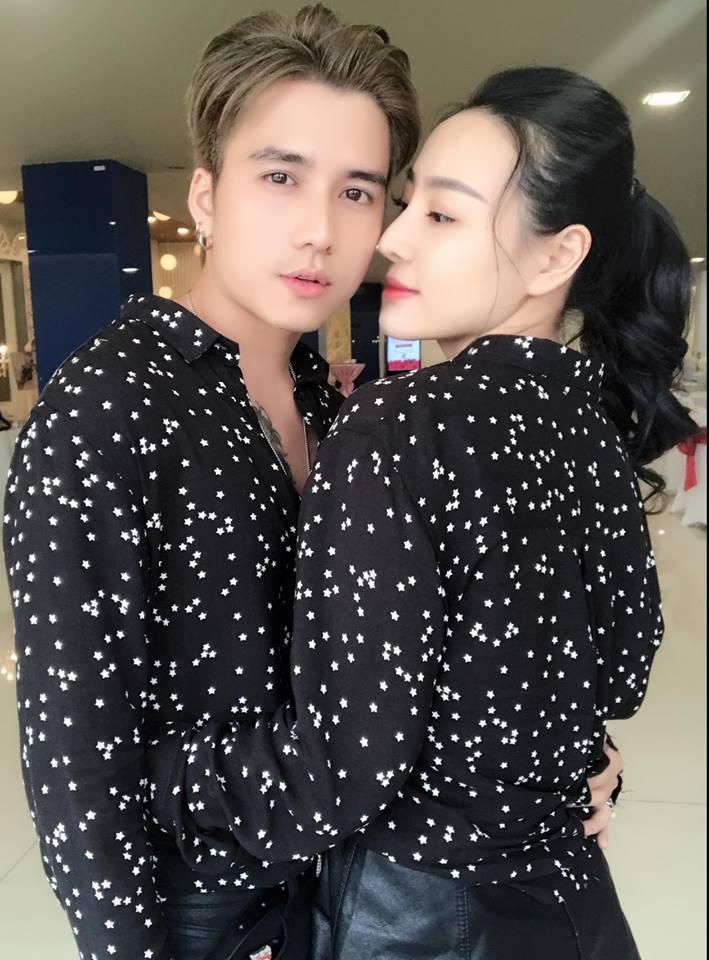 Hot girl - hot boy Việt 8/11: Ba gia đình hot nhất mạng xã hội khoe núi hàng hiệu vừa sắm-6