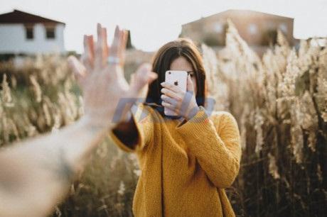 Bị người yêu bỏ không thương tiếc vì quá chăm up và live stream Facebook-1