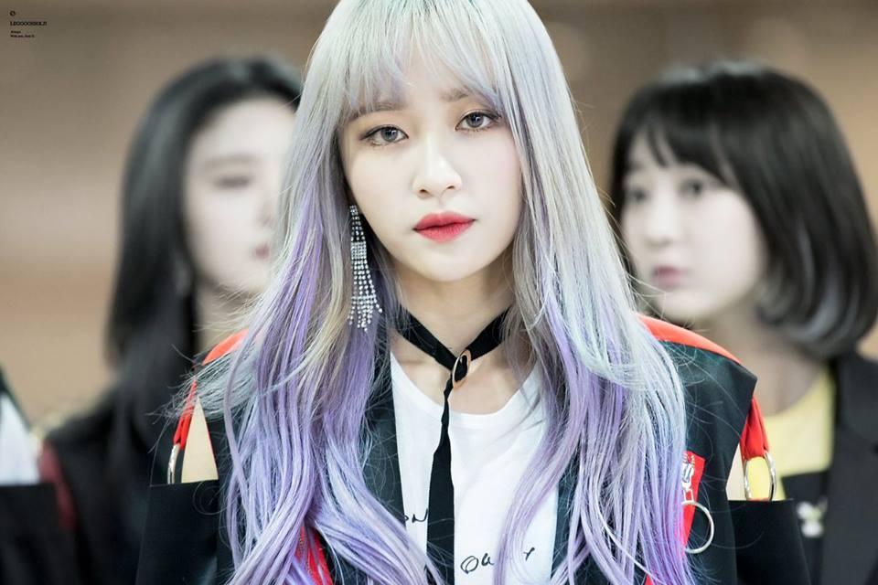 Sao Hàn 8/11: Nữ thần fancam Hani tiết lộ bị chảy máu đầu do tẩy tóc quá nhiều-1