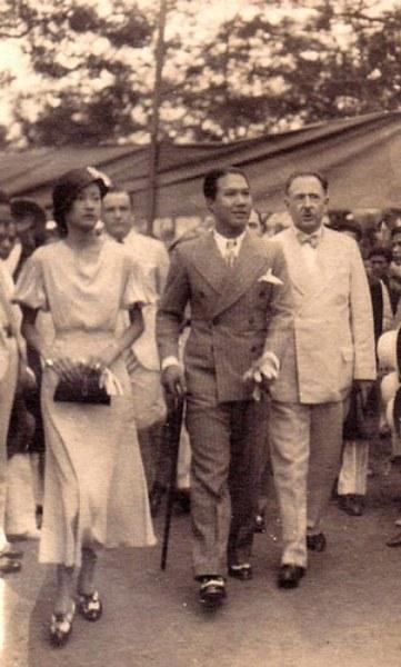 Những bóng hồng trong đời vị vua phong lưu bậc nhất Việt Nam, yêu cả phụ nữ tây lẫn ta-2