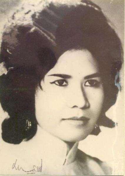 Những bóng hồng trong đời vị vua phong lưu bậc nhất Việt Nam, yêu cả phụ nữ tây lẫn ta-5