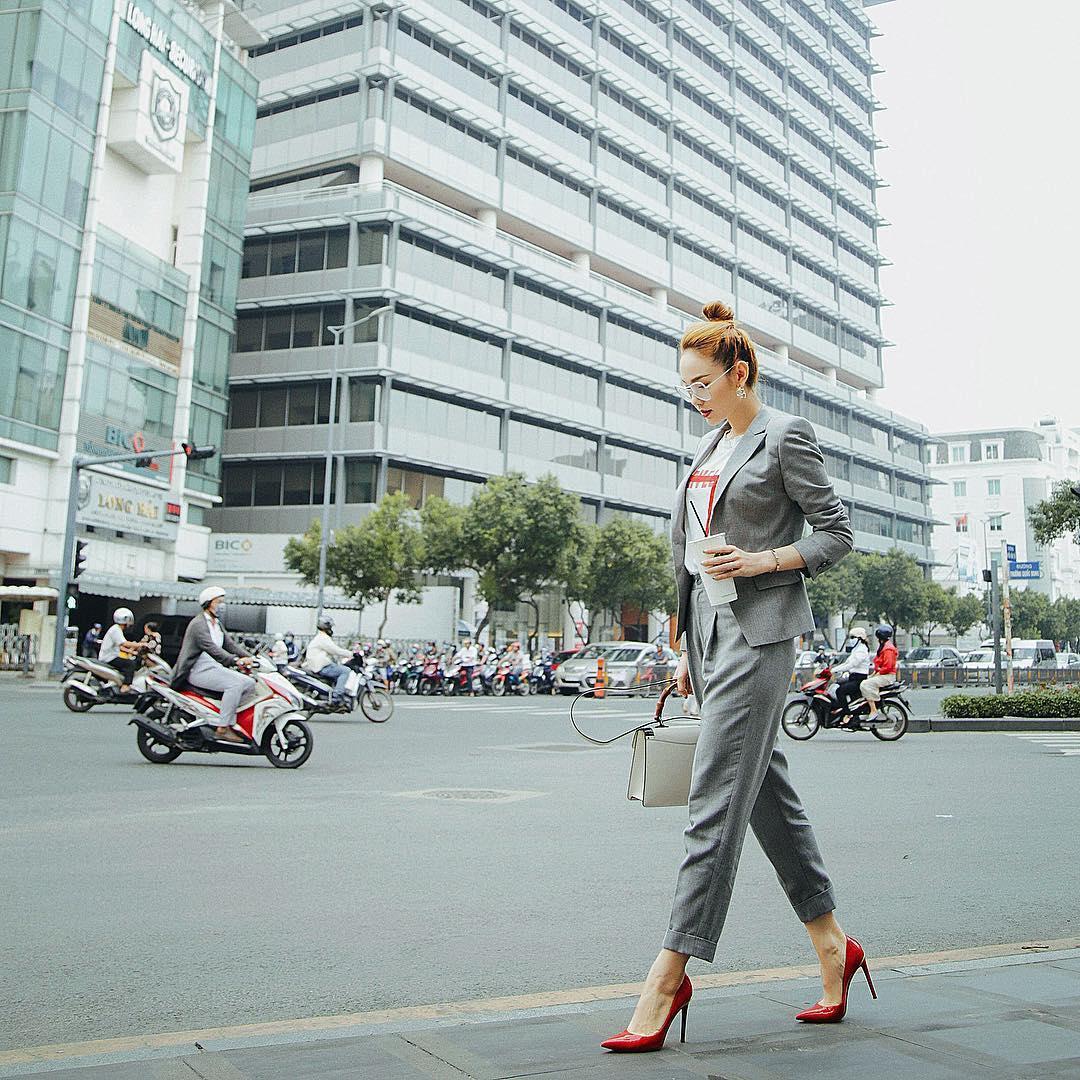 Tin sao Việt 8/11: Bất ngờ với bức ảnh chụp lén nhan sắc Á hậu Huyền My-9
