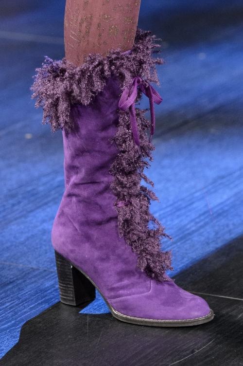Nếu chê những đôi giày này bẩn và quá xấu thì bạn thật có lỗi với thời trang!-10