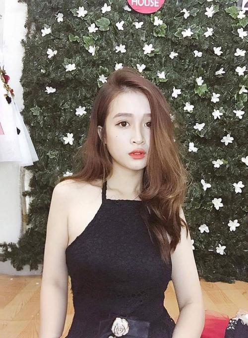 Clip siêu đáng yêu: Cô gái xinh đẹp hóa Thị Nở nhờ tài make-up thần sầu của bạn trai-1
