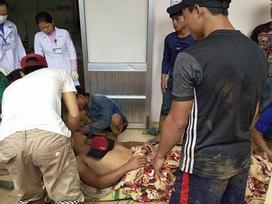 Thảm kịch gia đình sau vụ sạt lở đất ở Quảng Nam: Chồng gãy hai chân ôm con gái đau đớn bên thi thể vợ