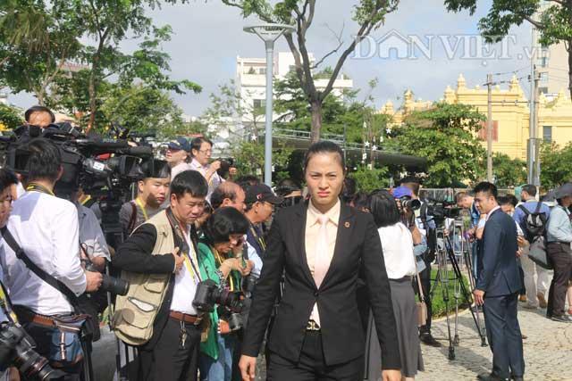 Nữ đặc vụ xinh đẹp của Việt Nam làm lá chắn sống tại APEC-1