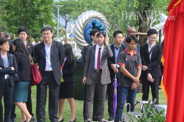 Nữ đặc vụ xinh đẹp của Việt Nam làm lá chắn sống tại APEC-10