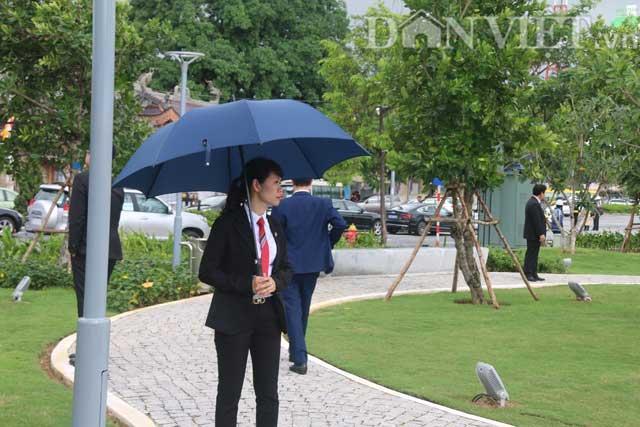 Nữ đặc vụ xinh đẹp của Việt Nam làm lá chắn sống tại APEC-8