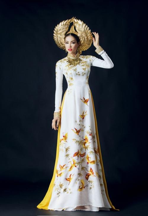 Những bộ áo dài giúp các đại diện Việt làm nên chuyện ở đấu trường nhan sắc quốc tế-3