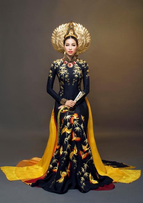 Những bộ áo dài giúp các đại diện Việt làm nên chuyện ở đấu trường nhan sắc quốc tế-4