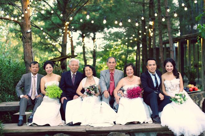 Cả Hà Nội mới có một gia đình yêu tận tim: Ông bà, thông gia cưới cùng cô dâu, chú rể vui như thế này!-4