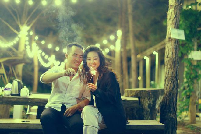Cả Hà Nội mới có một gia đình yêu tận tim: Ông bà, thông gia cưới cùng cô dâu, chú rể vui như thế này!-10