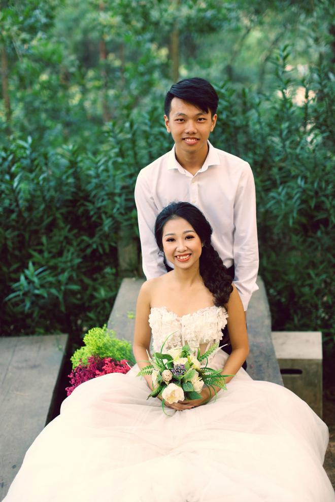 Cả Hà Nội mới có một gia đình yêu tận tim: Ông bà, thông gia cưới cùng cô dâu, chú rể vui như thế này!-8