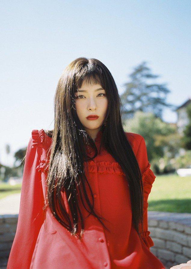 Sao Hàn 9/11: Bà xã Bae Yong Joon rạng rỡ xinh đẹp, khéo léo che bụng bầu-10