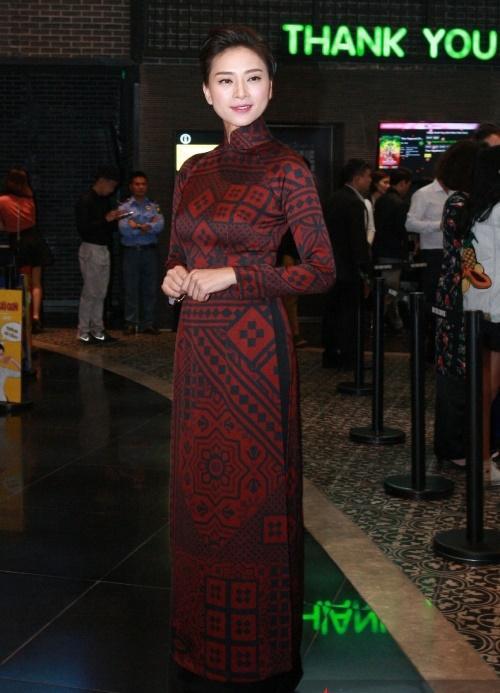 Dàn mỹ nhân Việt rực rỡ với áo dài họa tiết tham dự ra mắt phim Cô Ba Sài Gòn-3