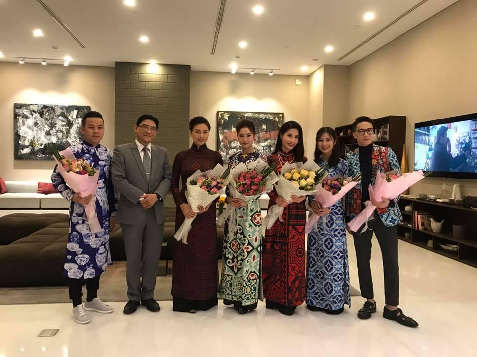 Dàn mỹ nhân Việt rực rỡ với áo dài họa tiết tham dự ra mắt phim Cô Ba Sài Gòn-2