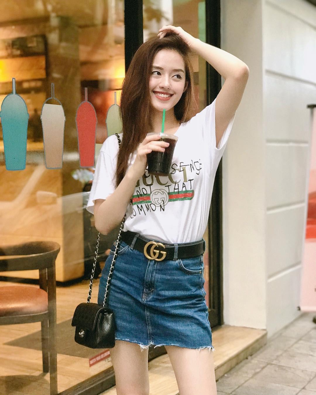 Mặc giống Hoàng Ku, Quỳnh Anh Shyn, Kỳ Duyên đã đành, Khánh Linh còn đụng hàng cả Tiffany-7