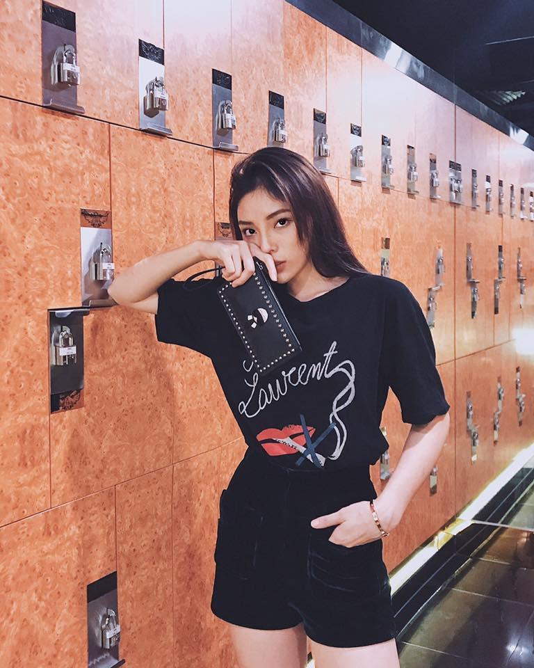 Mặc giống Hoàng Ku, Quỳnh Anh Shyn, Kỳ Duyên đã đành, Khánh Linh còn đụng hàng cả Tiffany-4