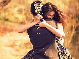 Phải làm như thế nào để khi yêu xa tình cảm không thay đổi?