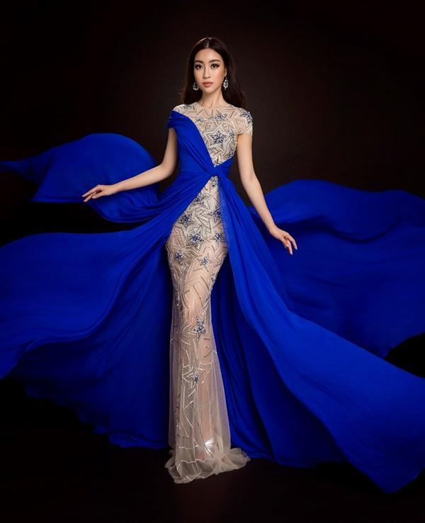 Đỗ Mỹ Linh chọn đầm xẻ tà cao khoe chân dài tại Miss World-6
