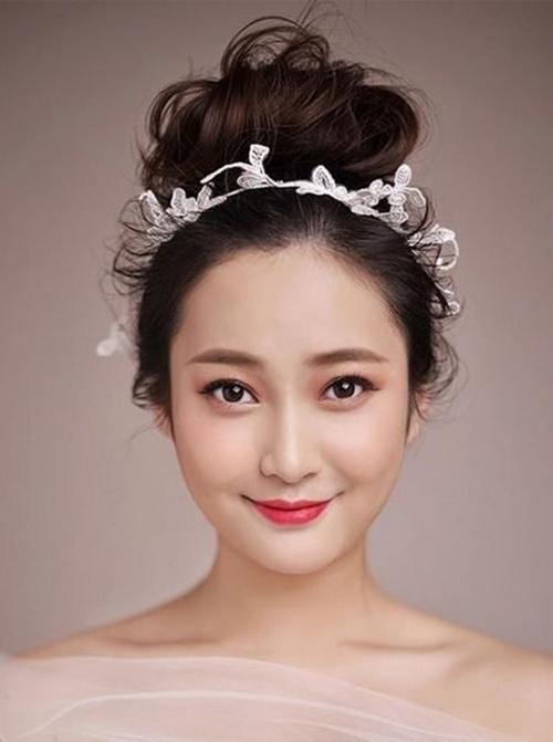 Mùa cưới năm nay, kiểu tóc cô dâu nào hot nhất ?-1