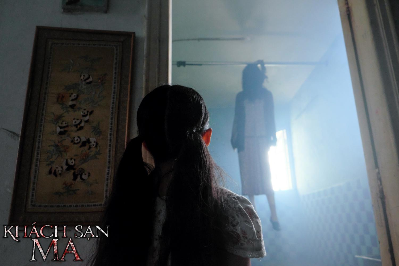 Haunted Hotel: Đi khách sạn lắm, có ngày gặp ma!-2