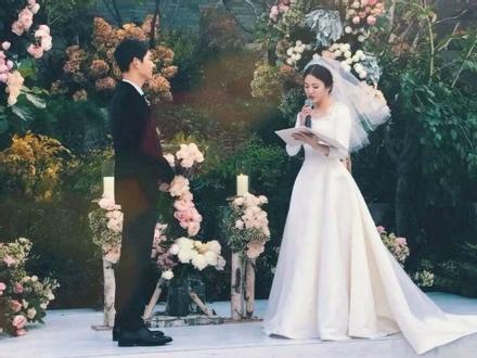 Tiết lộ hiếm hoi sau hôn lễ của Song - Song: Nguyên nhân khiến cô dâu bật khóc