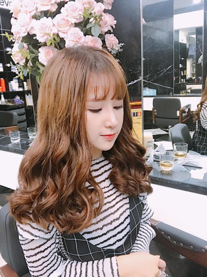 Hot girl - hot boy Việt 12/11: Minh Châu đốn tim fan khi đệm piano hát Đừng ai nhắc về anh ấy-4