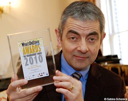 Sao Mr. Bean: 5 lần 7 lượt bị chê nói lắp, ngoại hình xấu nhưng làm thế nào ông ấy đã trở thành siêu sao toàn cầu?-11