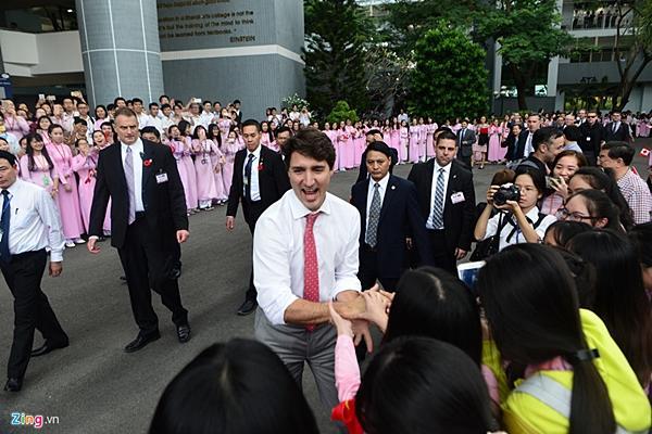 Thủ tướng Trudeau đã gây bão ở Việt Nam như thế nào?-5
