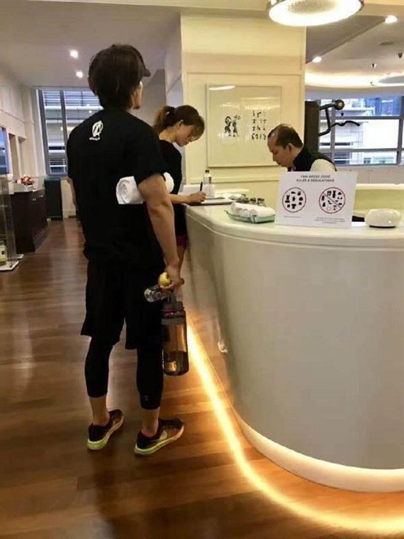 Ngôn Thừa Húc và Lâm Chí Linh bị bắt gặp hẹn hò ở Malaysia-1
