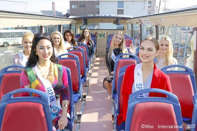 Thùy Dung bị đánh bật khỏi top 15 dự đoán Hoa hậu Quốc tế-2