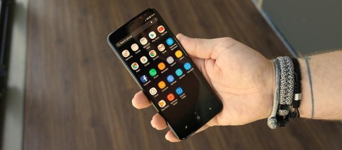 Samsung sẽ ra mắt smartphone bí ẩn với màn hình nhỏ?-1